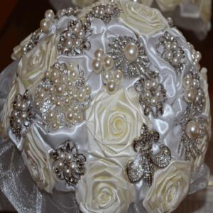 Buquê de noiva luxo com flor de cetim
