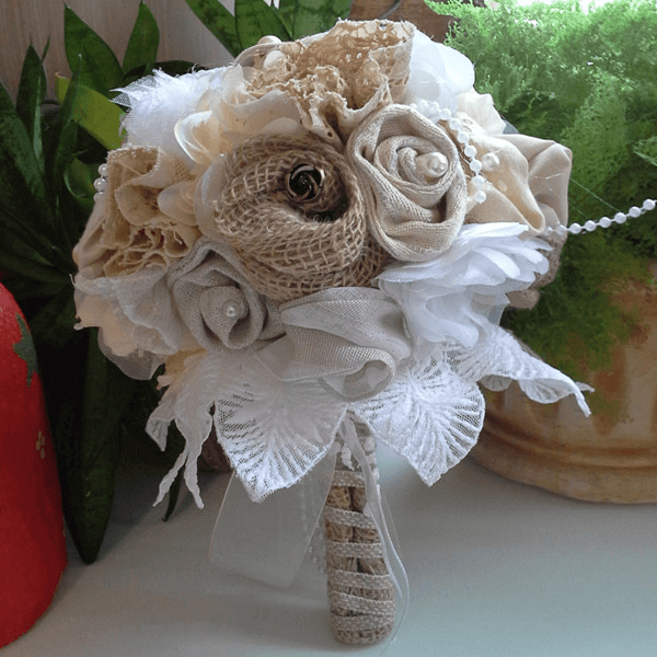 Buquê de noiva rústico essencial