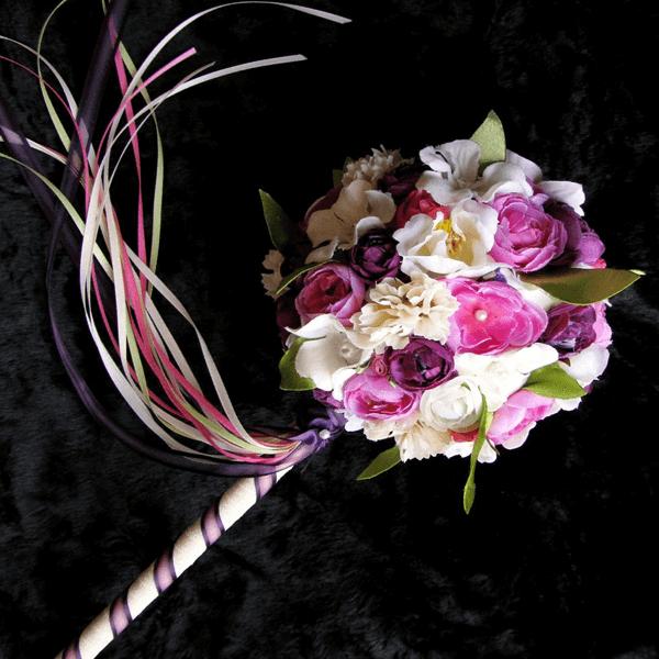 varinha de condão com flores